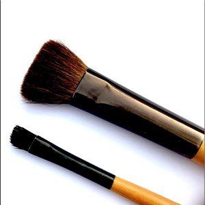 Bobbi Brown set of eye makeup brushes